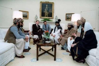 Afghanistan-Veteran Charlie Wilson Hallodri mit Hang zur Außenpolitik und die Taliban Freiheits Kämpfer von Reagon