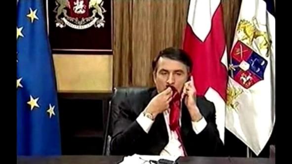Mikheil Saakashvill, Georgien in 2008 im TV, als sein Eroberungs Krieg gescheitert war im TV